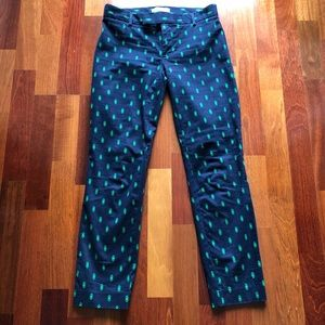 Gap Slim Cropped Pant in Diamond Print - Size 00.